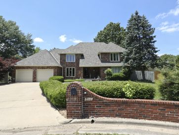 2454 East Meadow Drive Springfield, MO 65804 - Image 1