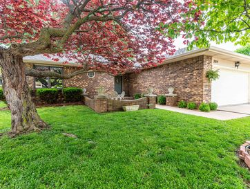 2019 South Lancaster Avenue Springfield, MO 65807 - Image 1