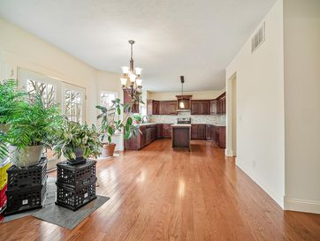 Photo of 3180 South Valley View Avenue