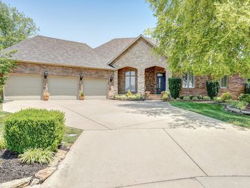 4806 South Montrose Place Springfield, MO 65810 - Image 1