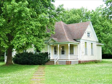 401 South Missouri Street Marionville, MO 65705 - Image 1