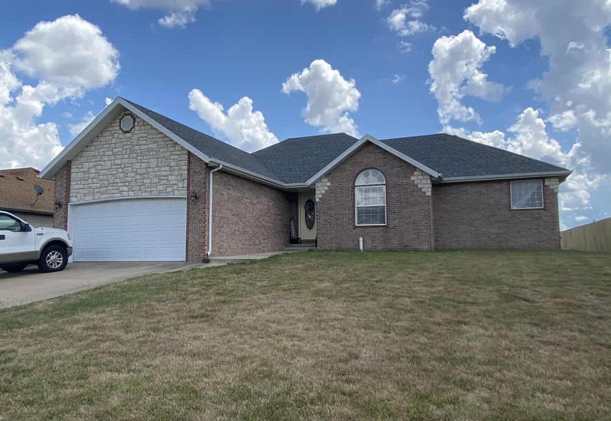210 East Cypress Street Clever, MO 65631 - Photo 1