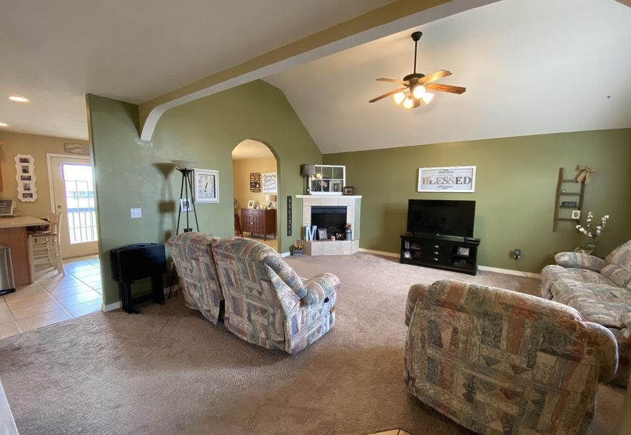 210 East Cypress Street Clever, MO 65631 - Photo 2