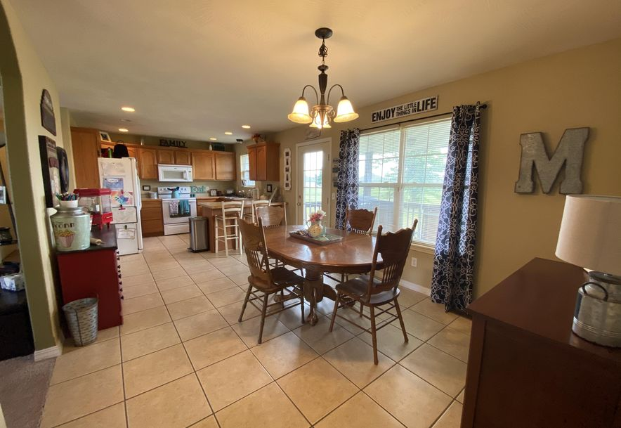 210 East Cypress Street Clever, MO 65631 - Photo 7