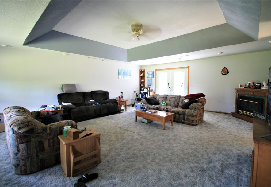 2211 County Road 6540 West Plains, MO 65775 - Photo 3