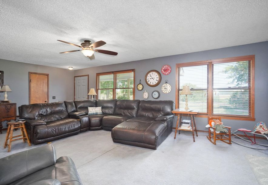 5230 South 178th Road Bolivar, MO 65613 - Photo 8