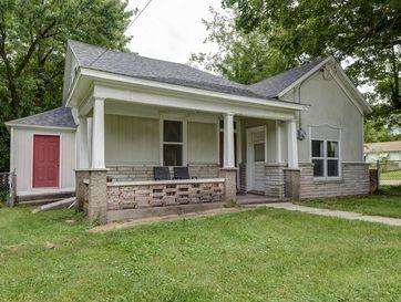 2103 North Taylor Avenue Springfield, MO 65803 - Image 1