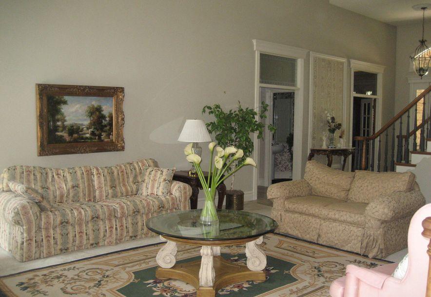 901 Oakmont Drive Joplin, MO 64804 - Photo 6
