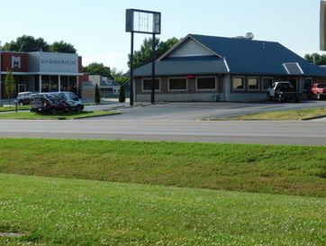320 East East Mt. Vernon Blvd. Boulevard Mt Vernon, MO 65712 - Image 1