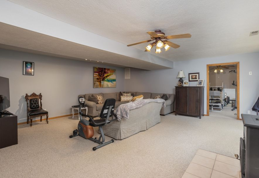 1031 Green Valley Road Clever, MO 65631 - Photo 19