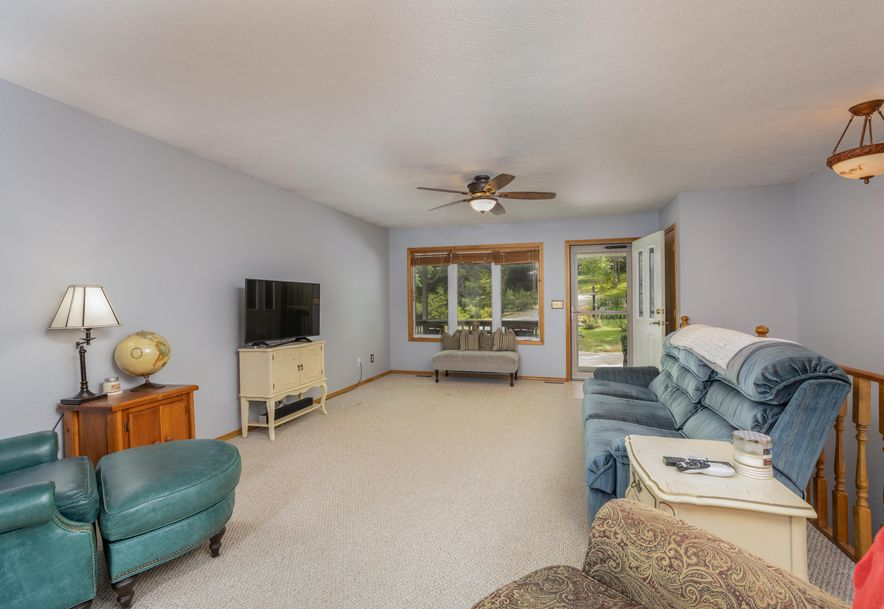 1031 Green Valley Road Clever, MO 65631 - Photo 3