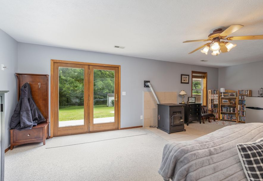 1031 Green Valley Road Clever, MO 65631 - Photo 21