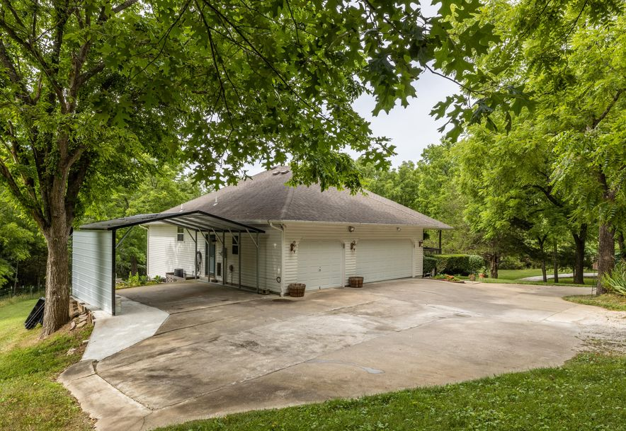 1031 Green Valley Road Clever, MO 65631 - Photo 29