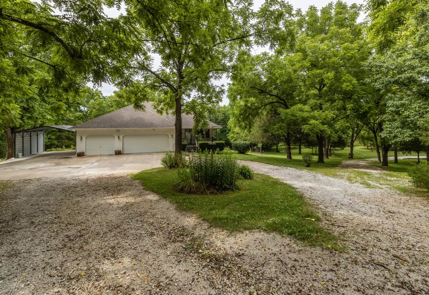 1031 Green Valley Road Clever, MO 65631 - Photo 31