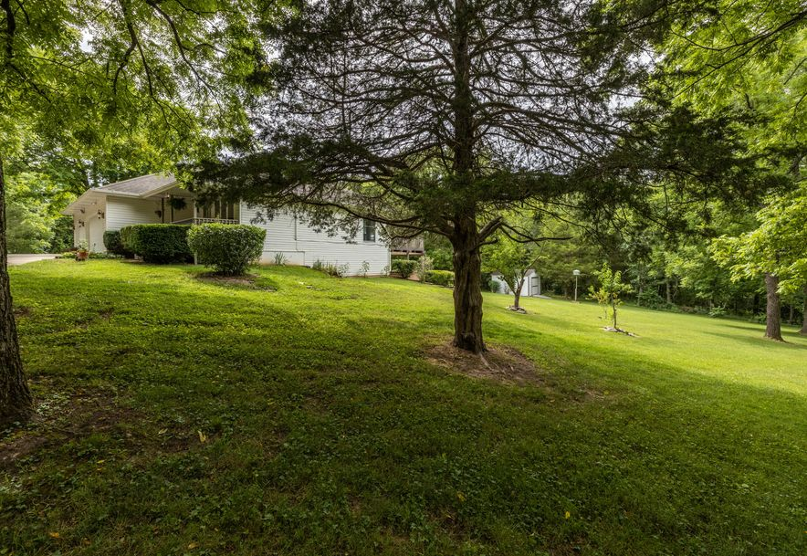 1031 Green Valley Road Clever, MO 65631 - Photo 32