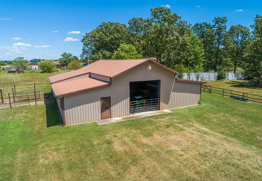8433 West Veterans Boulevard Clever, MO 65631 - Photo 14