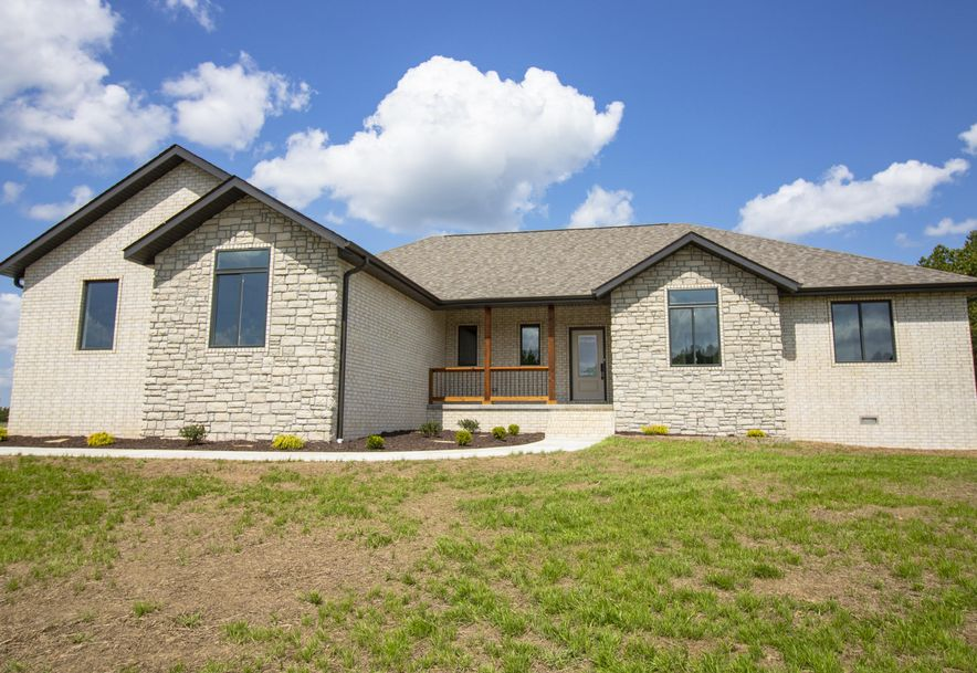 20 Vineyard Ln Reeds Spring, MO 65737 - Photo 1