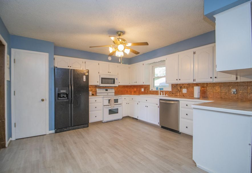 4055 South Patton Avenue Springfield, MO 65807 - Photo 10