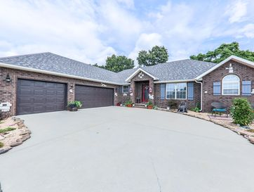 111 East Cypress Street Clever, MO 65631 - Image 1