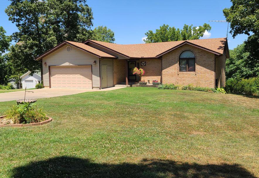 809 East Crestwood Court Stockton, MO 65785 - Photo 2