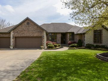 5114 South Old Oak Way Springfield, MO 65810 - Image 1