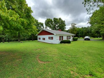 Photo of 1364 Bee Creek Road