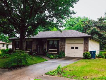 113 South Cedarwood Avenue Republic, MO 65738 - Image 1