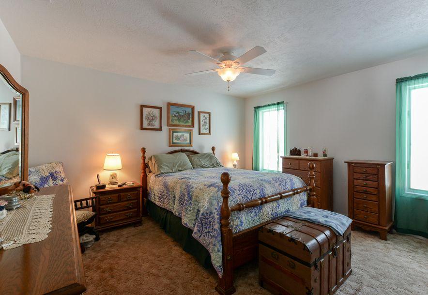 803 East Crestwood Court Stockton, MO 65785 - Photo 17