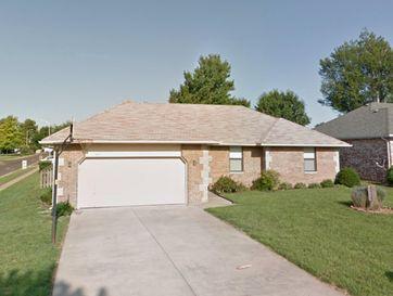 1811 North Pearson Drive Springfield, MO 65802 - Image