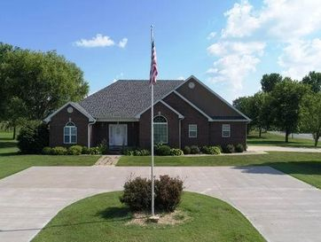200 East Carman Road El Dorado Springs, MO 64744 - Image 1