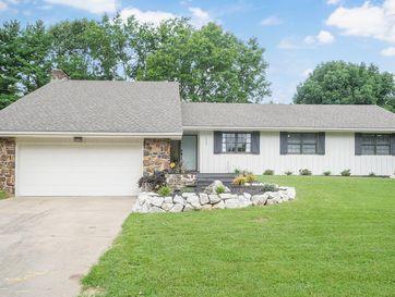 1337 South Greentree Avenue Springfield, MO 65809 - Image 1