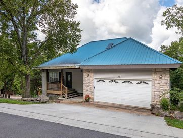 221 Westminster Place Hollister, MO 65672 - Image 1
