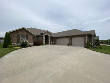 5704 South Cloverdale Lane Battlefield, MO 65619 - Image 1