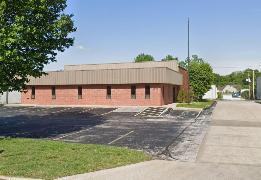 1526 South Enterprise Avenue Springfield, MO 65804 - Photo 2
