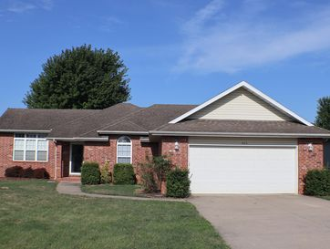 605 West Chandler Drive Willard, MO 65781 - Image 1
