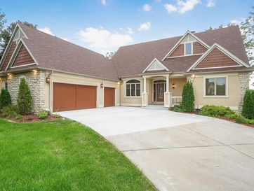 6032 South Overlook Trail Springfield, MO 65810 - Image 1