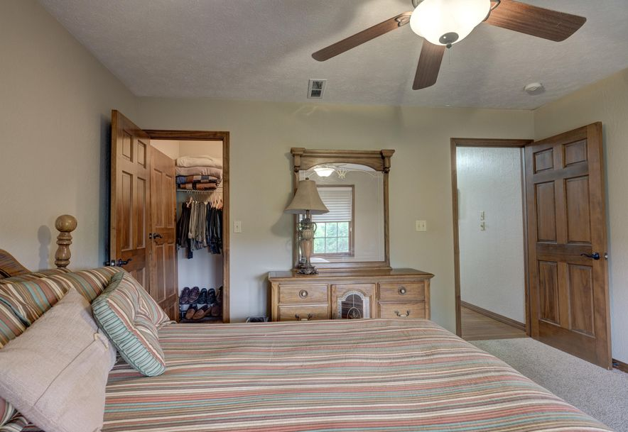 2302 East Hawkins Court Ozark, MO 65721 - Photo 29