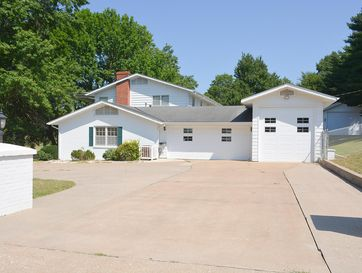 Photo of 2322 South Edgewater Drive