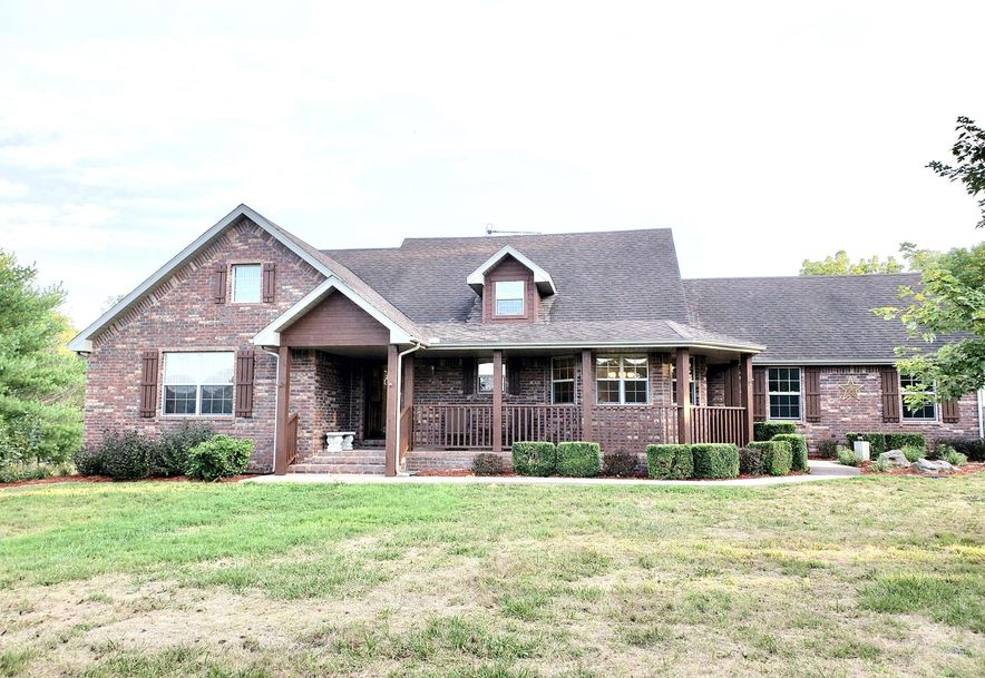 5120 West Veterans Boulevard Clever, MO 65631 - Photo 1