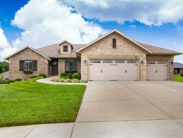 718 South Oak Terrace Drive Nixa, MO 65714 - Image 1