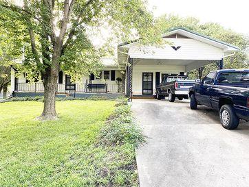 717 North Ward Street Stockton, MO 65785 - Image 1
