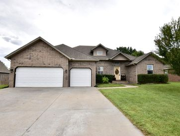200 North Sparrow Lane Willard, MO 65781 - Image 1