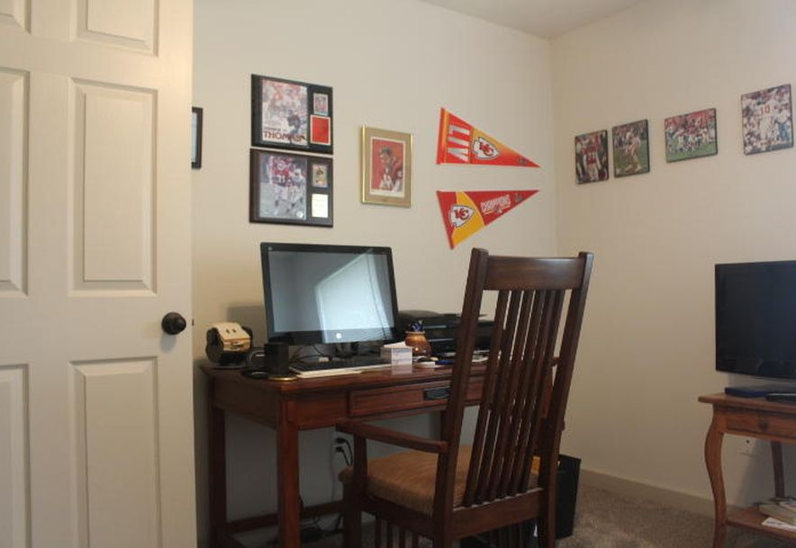 431 South Denver Place Bolivar, MO 65613 - Photo 36