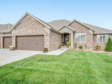 1654 North Waterstone Avenue Springfield, MO 65802 - Image 1