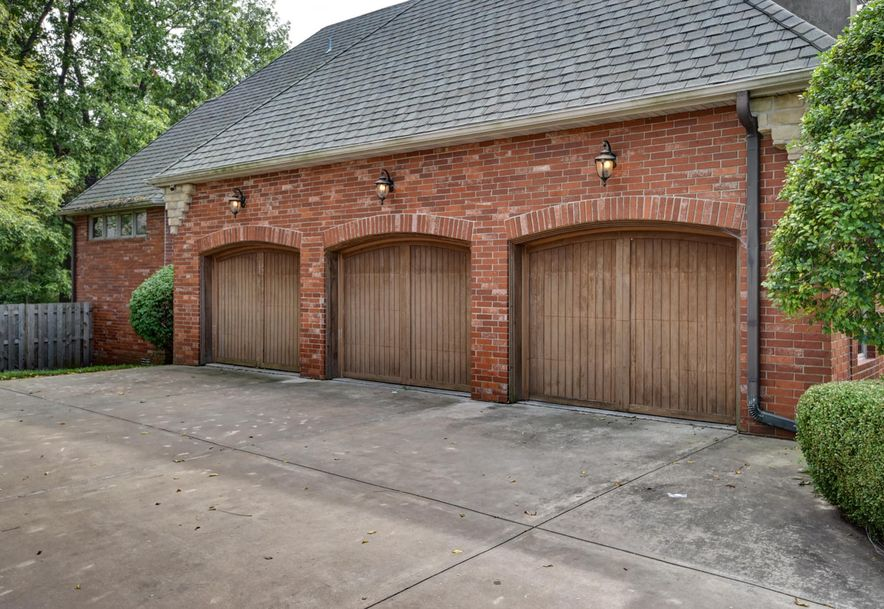 2872 South Forrest Heights Avenue Springfield, MO 65809 - Photo 5