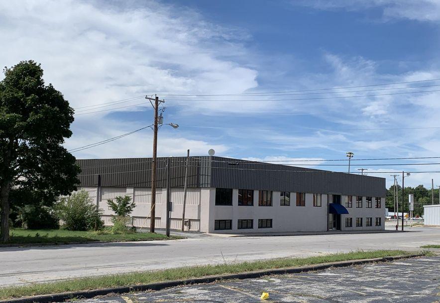 107 South Washington Avenue Aurora, MO 65605 - Photo 1