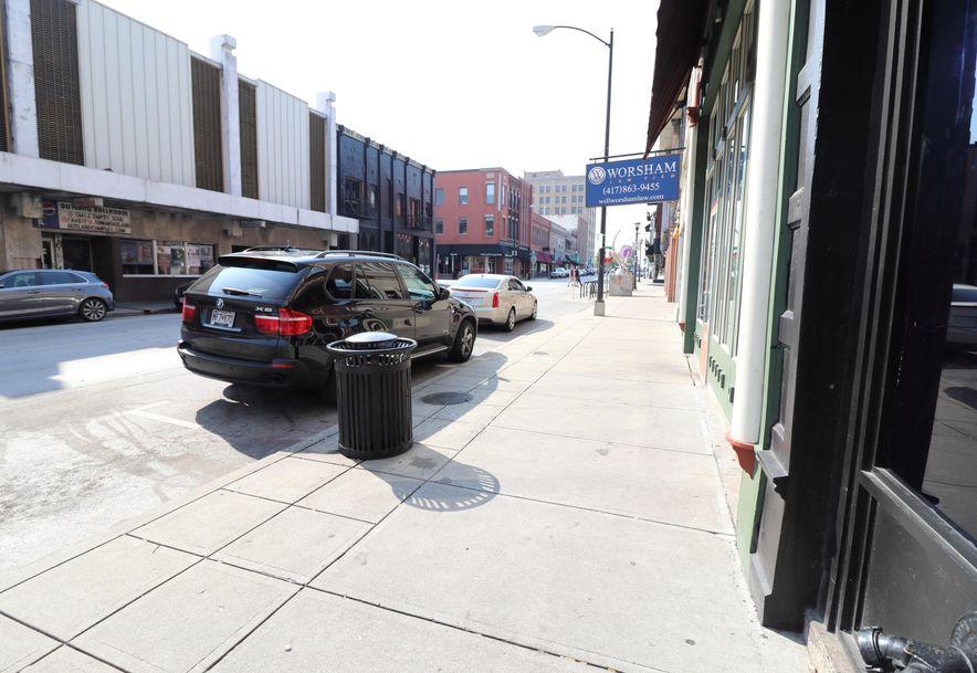 321 South Avenue Springfield, MO 65806 - Photo 2