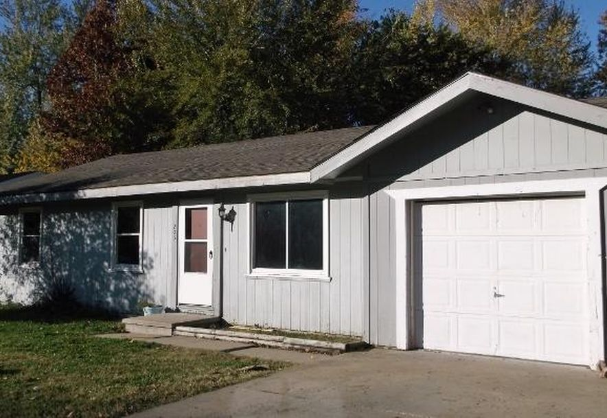 1078 South Main Avenue Springfield, MO 65807 - Photo 2
