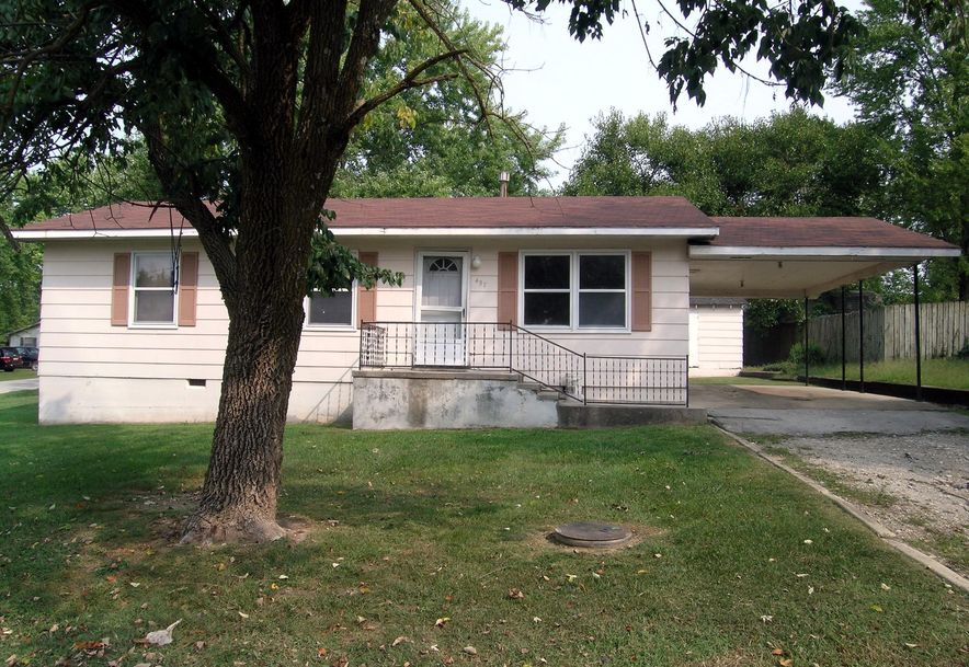 457 West Burford Street Marshfield, MO 65706 - Photo 1