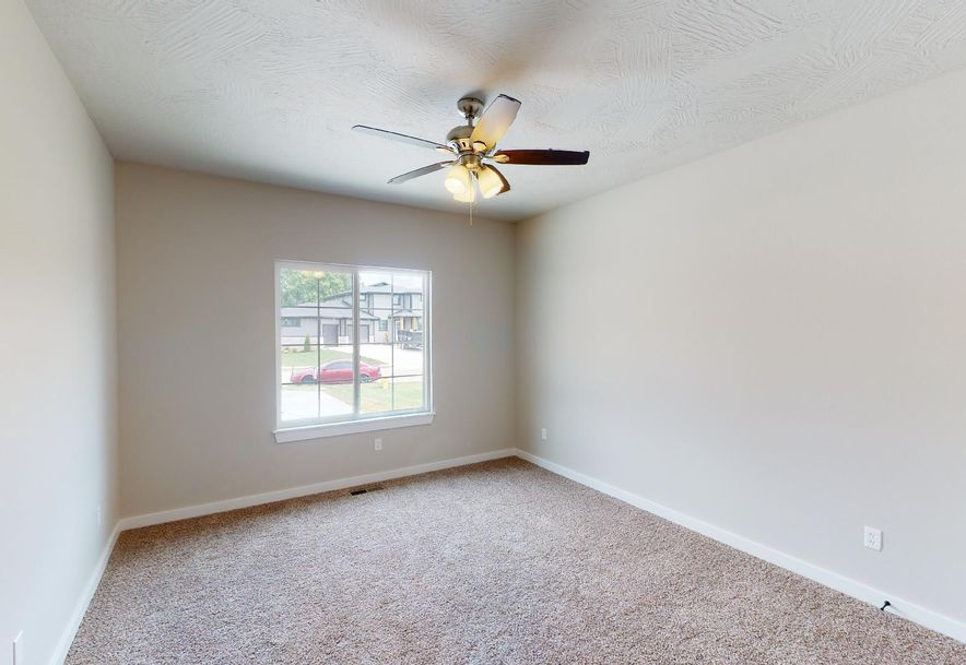 4709 Forest Trails Drive Springfield, MO 65809 - Photo 31